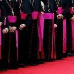 Los obispos andaluces entran en campaña e insisten en que el único matrimonio digno de protección es el heterosexual