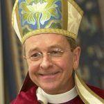 Gene Robison, primer obispo episcopaliano abiertamente gay, anuncia su divorcio