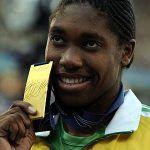 Caster Semenya, la campeona del mundo de los 800 metros, continúa sin poder competir