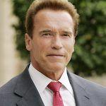 Schwarzenegger firma la ley que permite reconocer en California los matrimonios entre personas del mismo sexo celebrados fuera
