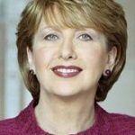 La expresidenta de Irlanda, la católica Mary McAleese, se posiciona a favor del matrimonio igualitario