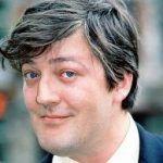 Las palabras de Stephen Fry sobre los hombres heterosexuales y la sexualidad femenina desatan la polémica en Reino Unido