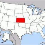 Kansas tramita una ley para blindar la discriminación de gays y lesbianas alegando motivos religiosos