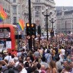 Multitudinario Orgullo LGTB en Londres