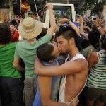 La visita papal monopoliza la actualidad LGTB en España