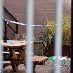 Jóvenes sufren quemaduras tras terrible agresión en bar gay británico