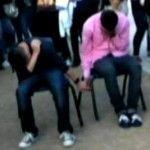 Polémica en Arizona: dos adolescentes castigados a cogerse de la mano delante de sus compañeros