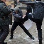 Activistas LGTB son atacados por una multitud en Rusia