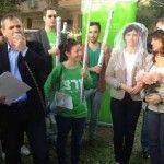 Diputado israelí reclama la celebración de bodas entre personas del mismo sexo en Israel, que solo reconoce las celebradas fuera