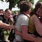 Detenciones y violencia en el Orgullo de San Petersburgo. Putin promulga la ley que prohíbe informar positivamente de homosexualidad
