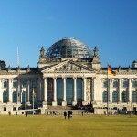 El Parlamento alemán equipara las parejas del mismo sexo a efectos de desgravaciones pero mantiene otras discriminaciones fiscales