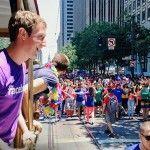 Un grupo de creyentes mormones y Marck Zuckerberg, entre los asistentes al Orgullo LGTB de San Francisco