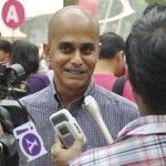 Sale del armario el primer político abiertamente gay de Singapur