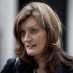 La eurodiputada lesbiana Nikki Sinclaire sale del armario como mujer transexual