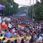 Colón acogió esta vez la fiesta de todas las familias. Éxito indiscutible de la Manifestación Estatal del Orgullo LGTB 2014