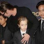 El hijo de Angelina Jolie y Brad Pitt sigue identificándose como chico