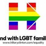 Emotivo spot de campaña de Hillary Clinton rinde homenaje al matrimonio igualitario
