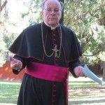 Un obispo suizo cita la condena a muerte en el Levítico como autoridad para opinar sobre homosexualidad e Iglesia católica