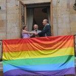 El Ayuntamiento de Oviedo ya no notificará a los concejales si las bodas que les toca celebrar son entre personas del mismo sexo