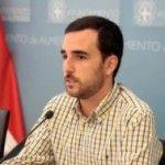 Arco Iris acusa de «hipócrita» al concejal gay del PP que rechazó su plan contra la homofobia por promover ahora otro junto a COLEGA