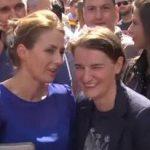 La primera ministra serbia, Ana Brnabić, acude a la manifestación del Orgullo LGTB de Belgrado