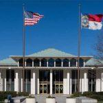 Los republicanos de Carolina del Norte rehúsan derogar la ley que discrimina a los ciudadanos LGTB
