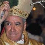 El arzobispo de Santo Domingo califica al abiertamente gay embajador estadounidense de «esposa de un señor»