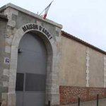 Un preso es torturado salvajemente en Francia por sus compañeros de celda por haber visitado una web de temática gay
