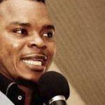 """Un predicador homófobo de Ghana alega que puede alargar el pene de sus fieles con un """"masaje ritual"""""""
