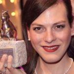 La actriz chilena Daniela Vega, protagonista de «Una mujer fantástica», dedica el Teddy 2017 a todas las mujeres trans asesinadas
