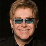 Elton John pide a Putin que acabe con su «ridícula» postura sobre los derechos LGTB en Rusia