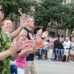 El comandante supremo del Ejército sueco, principal autoridad militar del país, participa en el Orgullo de Estocolmo
