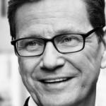Guido Westerwelle, exministro de Exteriores abiertamente gay, culpa a Merkel de impedir el matrimonio igualitario en Alemania