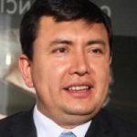 Uno de los líderes del movimiento contra el matrimonio igualitario en Colombia sería un homosexual en el armario