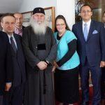 "Kim Davis, ""heroína"" de la derecha cristiana homófoba, apoya en Rumanía el veto constitucional al matrimonio igualitario"