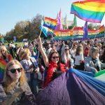 La justicia polaca levanta la prohibición al Orgullo LGTB de Lublin, que se celebra finalmente bajo protección policial