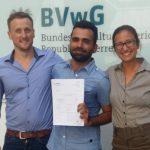 La justicia de Austria concede el asilo a un gay iraní después de que su Oficina Federal de Asilo lo rechazase por desconocer el significado de los colores de la bandera arcoíris