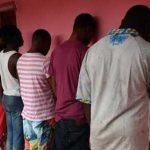 Detenidos seis jóvenes en Nigeria, acusados de mantener relaciones homosexuales