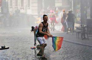 Orgullo Estambul 2016