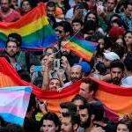 La policía reprime violentamente el Orgullo LGTB de Estambul