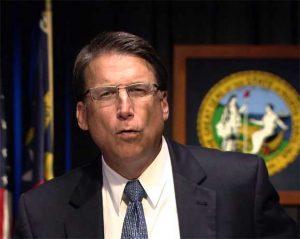 Pat McCrory, gobernador de Carolina del Norte