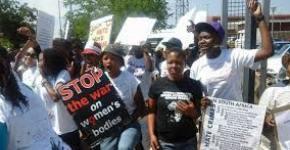 Protestas por las violaciones correctivas en Sudáfrica