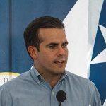 Forzado por las protestas, el gobernador de Puerto Rico dimite tras divulgarse su participación en un chat con comentarios homófobos y sexistas