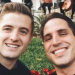 El futbolista Robbie Rogers y el productor y guionista Greg Berlanti anuncian su compromiso