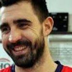 El jugador de baloncesto argentino Sebastián Vega sale del armario como gay