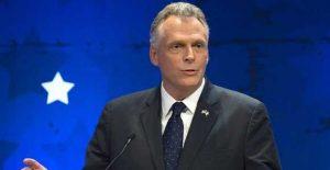 Terry McAuliffe, gobernador de Virginia