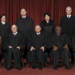 El Supremo de Estados Unidos falla a favor del pastelero que discriminó a una pareja gay, aunque limita el alcance de la sentencia