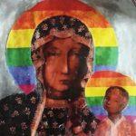 Polonia: detenida una activista LGTB por difundir una imagen de la Virgen María con un halo arcoíris