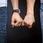 Dos chicos de 20 años se enfrentan a tres años de prisión en Uzbekistán por mantener relaciones homosexuales