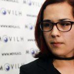 """Carla, la hija trans de una de las promotoras del """"autobús del odio"""" en Chile: """"Si su hijos les dicen que se sienten de una forma, no los juzguen, apóyenlos"""""""
